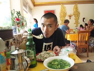 中国国境付近の炒飯.jpg