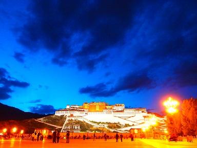 夜のポタラ宮.jpg