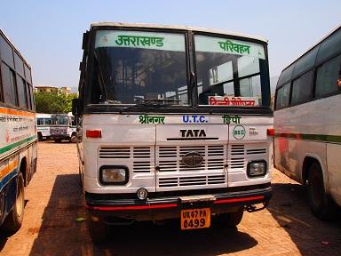 インドのバス.jpg