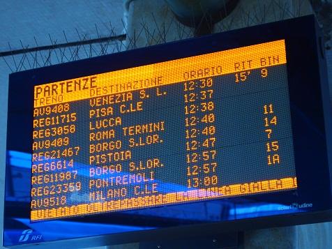 イタリア電光掲示板.jpg