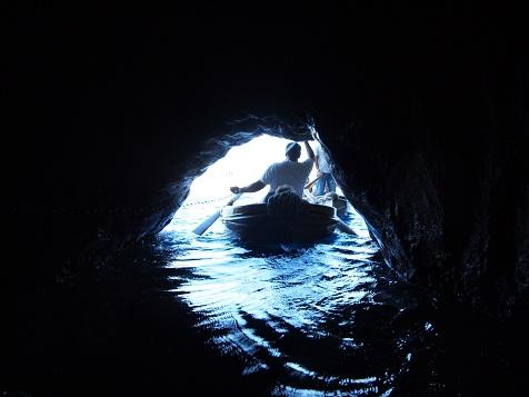 青の洞窟入口.jpg