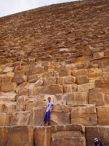 ピラミッドの石.jpg