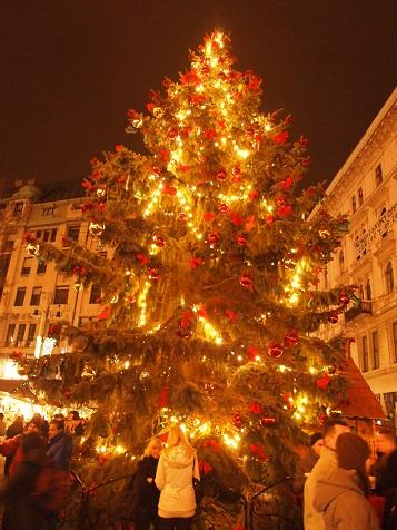 ブダペストクリスマスツリー.jpg