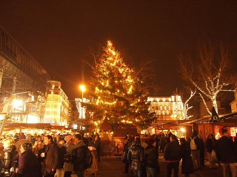 ブダペストクリスマスマーケット.jpg