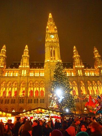 ウィーンクリスマスマーケット.jpg