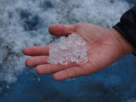 モレノ氷河の氷.jpg