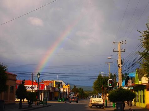パイネから見える虹.jpg