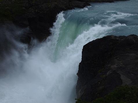 パイネの滝.jpg
