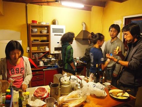 上野山荘厨房.jpg