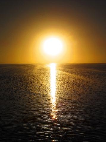 ウユニの夕陽.jpg