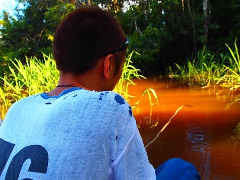 ピラニア釣り2.jpg