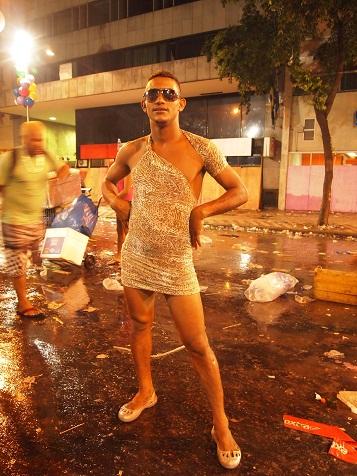 Rio Branco通りのカーニバル3.jpg