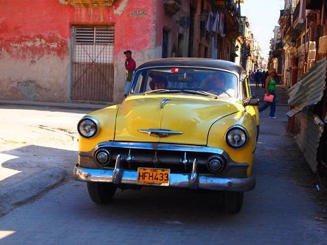キューバの車2.jpg