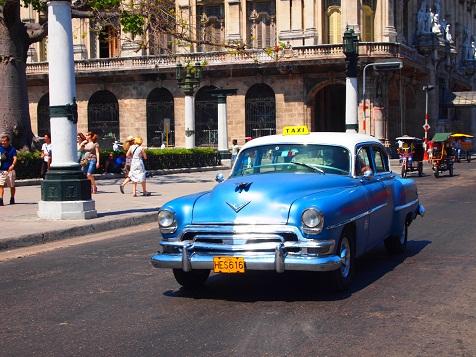 キューバの車3.jpg