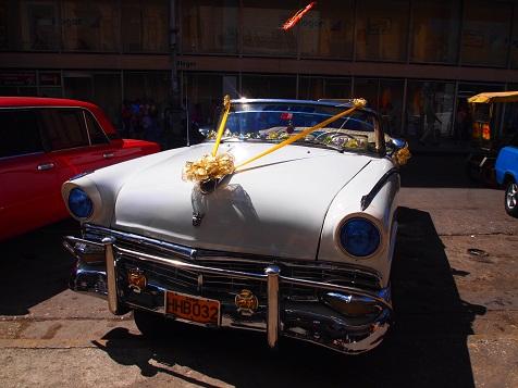 キューバの車4.jpg
